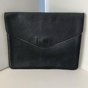 💯 Leather Gap Envelope Clutch